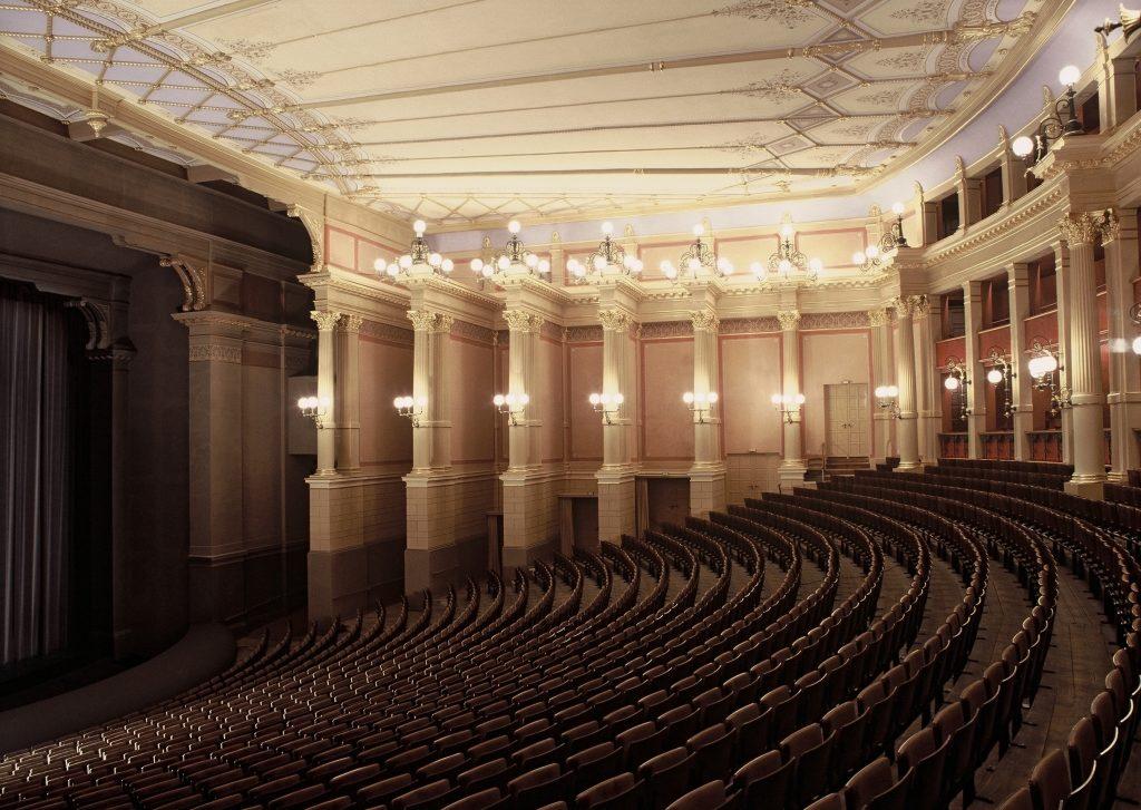 Bayreuther Festspiele und die HNC-Datentechnik mit AUDITOR plus